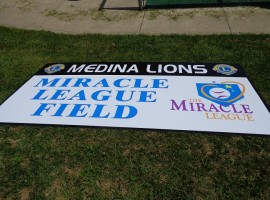 Medina Sign did a good job