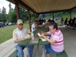 ML.Adult Picnic14
